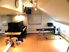 デモスタジオ
